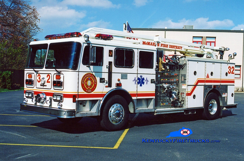 <center> RETIRED <br> McMahan Squrt 5532 <br> 1994 Seagrave JB 1500/500/54' Squrt <br> Kent Parrish photo <center> </center></center>