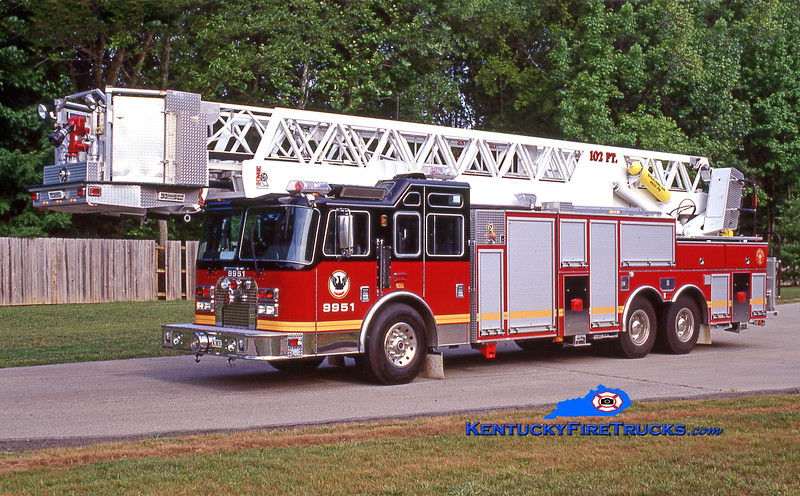 RETIRED<br /> Middletown Truck 9951 <br /> 1997 KME Excel 102' Aerialcat<br /> Kent Parrish collection