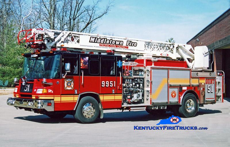 RETIRED<br /> Middletown Quint 9951<br /> 2000 Pierce Quantum 1500/400/20/75' <br /> Kent Parrish photo