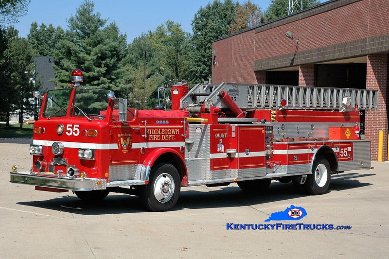 PRIVATELY OWNED <br /> Middletown  Quint 9955<br /> 1974 Pirsch 1000/400/85' <br /> Greg Stapleton photo