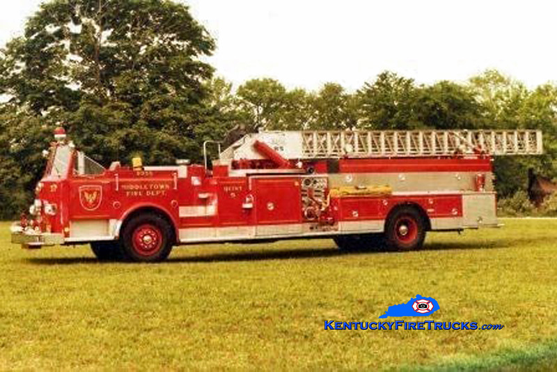 PRIVATELY OWNED <br /> Middletown  Quint 9955<br /> 1975 Pirsch 1000/400/85' <br /> Kent Parrish collection/MFD
