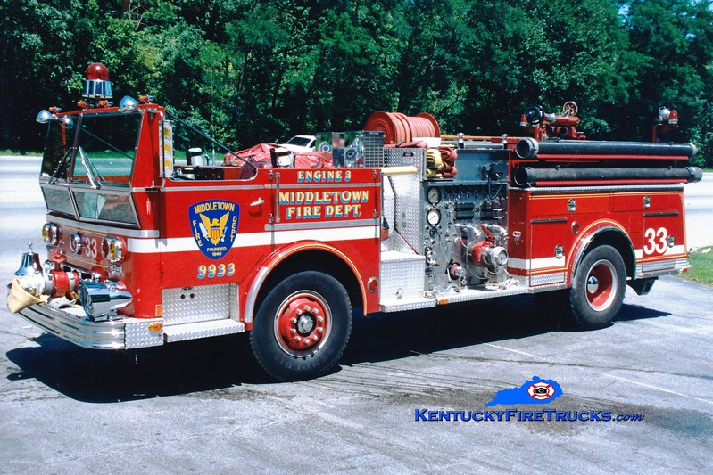 <center> RETIRED <br> Middletown  Engine 9933 <br> 1977 Ward LaFrance Ambassador 1000/500 <br> Greg Stapleton photo </center>