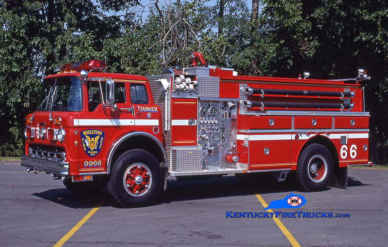 RETIRED<br /> Middletown Tanker 9966<br /> 1987 Ford C-8000/Grumman 475/1500/35<br /> Kent Parrish collection