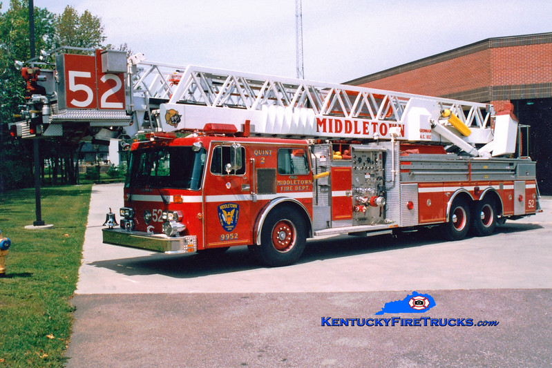 <center> RETIRED <br> Middletown  Quint 9952  <br> 1986 Duplex D-450T/Grumman 1500/200/102'  <br> Greg Stapleton photo </center>