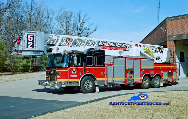 RETIRED<br /> Middletown Truck 9952<br /> x-Truck 9951 <br /> 1997 KME Excel 102' Aerialcat<br /> Kent Parrish photo