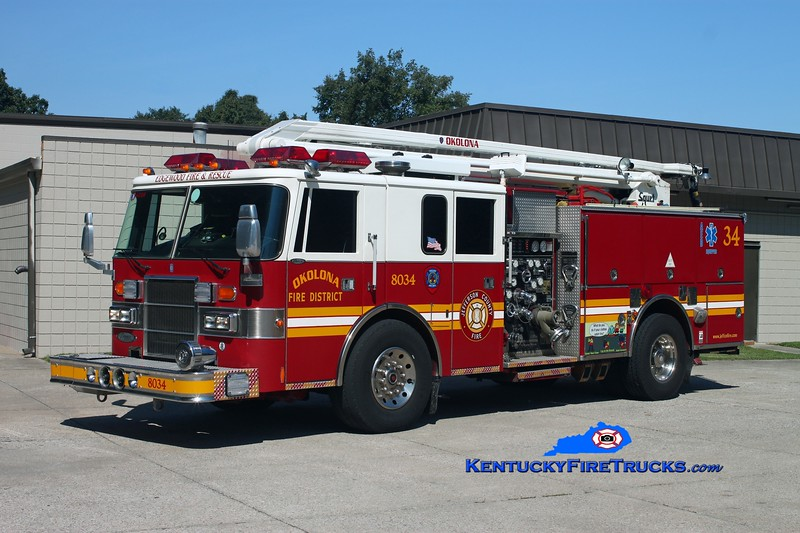 <center> RETIRED <br> Okolona Squrt 8034 <br> x-Edgewood Fire District, KY <br> 1994 Pierce Lance 1500/500/54' Squrt <br> Kent Parrish photo </center>