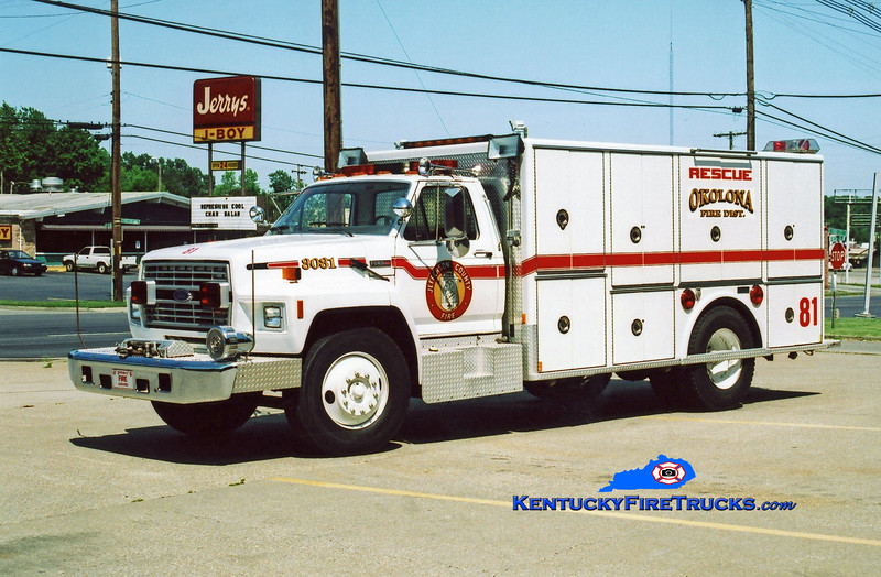 <center> RETIRED <br> Okolona Rescue 8081 <br> x-Black Mudd FIre District, KY <br> 1985 Ford F-800/Marion <br> Kent Parrish photo </center>