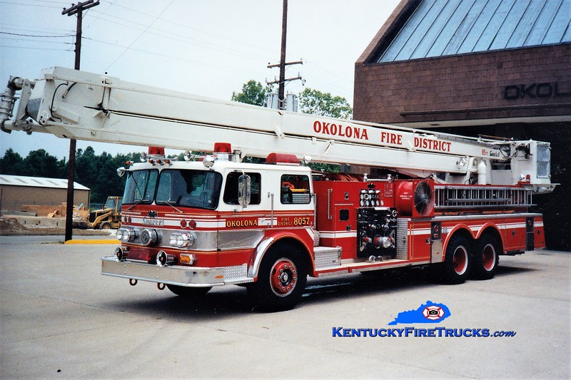 RETIRED <br /> Okolona Snorkel 8057<br /> 1972 Oshkosh/Pierce 1000/200/85' <br /> Greg Stapleton photo