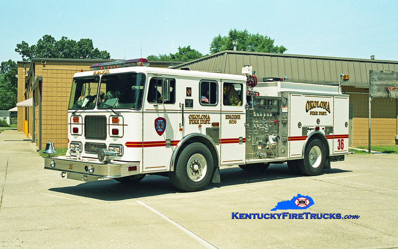 <center> RETIRED <br> Okolona Engine 8036 <br> x-Black Mudd, KY <br> 1998 Seagrave Marauder 1500/750 <br> Kent Parrish photo </center>