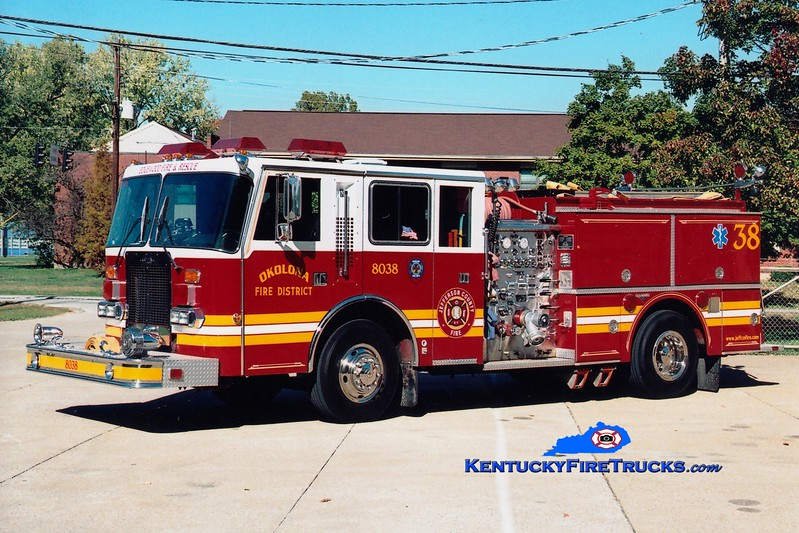 <center> RETIRED <br> Okolona  Engine 8038 <br> x-Edgewood Fire District, KY <br> 1987 Duplex D-500/Grumman/1999 RPI 1250/1000 <br> Greg Stapleton photo </center>