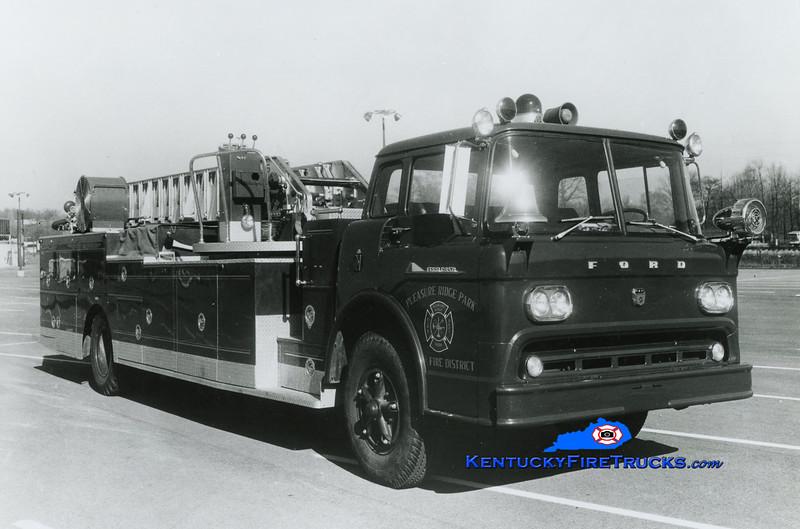 RETIRED <br /> Pleasure Ridge Park  Quint 215<br /> 1959 Ford C-950/Pirsch 750/200/85'<br /> Kent Parrish collection