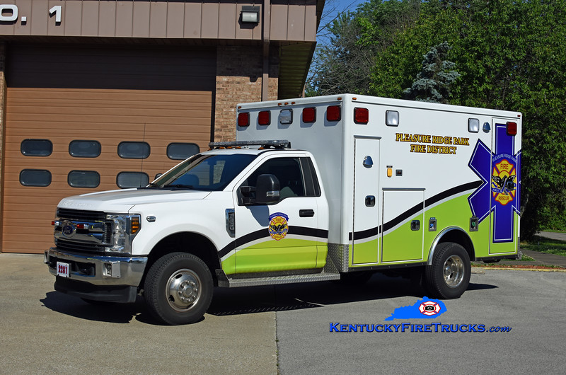 Pleasure Ridge Park Med 2281<br /> 2019 Ford F-350 4x4/Frontline<br /> Kent Parrish photo