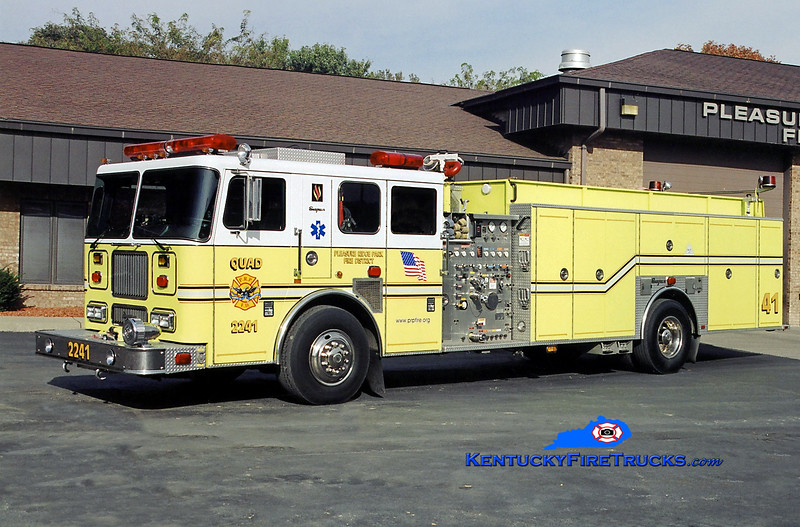AUXILIARY QUAD <br /> Pleasure Ridge Park  Quad 2241<br /> x-Quad 2214 <br /> 2000 Seagrave Marauder 1500/500/50<br /> Kent Parrish photo