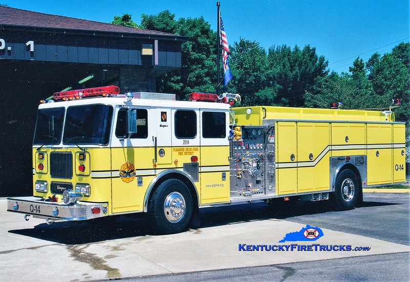 AUXILIARY QUAD <br /> Pleasure Ridge Park  Quad 2214<br /> 2000 Seagrave Marauder 1500/500/50<br /> Greg Stapleton photo