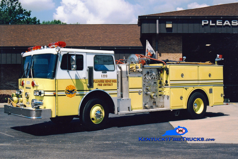 RETIRED <br /> Pleasure Ridge Park  Engine 2213<br /> 1982 Duplex D-350/Grumman 1250/750<br /> Greg Stapleton photo
