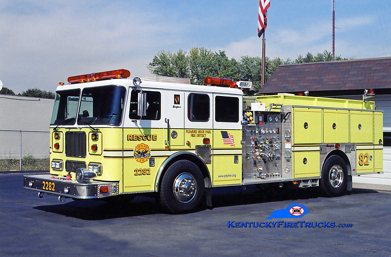 REASSIGNED <br /> Pleasure Ridge Park  Rescue 2282<br /> 2003 Seagrave Marauder 1500/750/50<br /> Kent Parrish photo