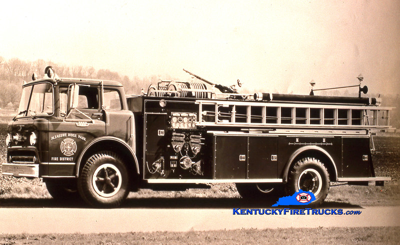 RETIRED <br /> Pleasure Ridge Park  Engine 224<br /> 1964 Ford C-850/Boyer 1000/500<br /> Kent Parrish collection