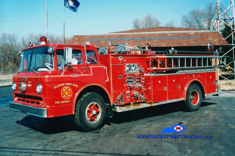 RETIRED <br /> Pleasure Ridge Park  Engine 2223<br /> 1964 Ford C-850/Boyer 1000/500<br /> Greg Stapleton photo