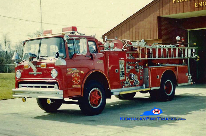 RETIRED <br /> Pleasure Ridge Park  Engine 230<br /> 1972 Ford C-900/American LaFrance 1000/500 <br /> Kent Parrish collection photo