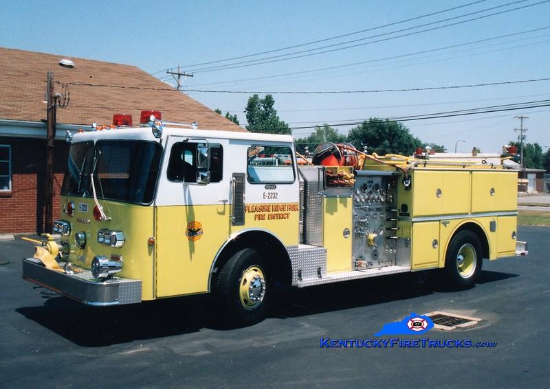 RETIRED <br /> Pleasure Ridge Park  Engine 2232<br /> x-Engine 230 <br /> 1982 Duplex D-350/Grumman 1250/750 <br /> Greg Stapleton photo