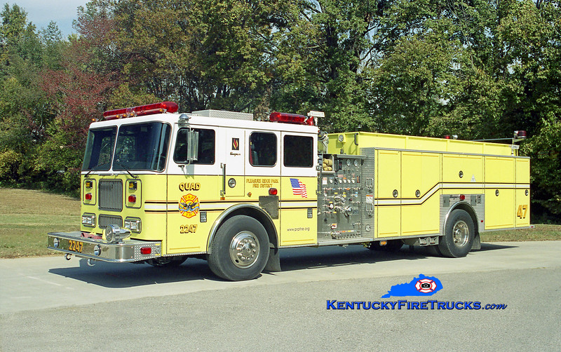 AUXILIARY QUAD <br /> Pleasure Ridge Park Quad 2247<br /> x-Quad 2234 <br /> 2000 Seagrave Marauder 1500/500/50<br /> Kent Parrish photo