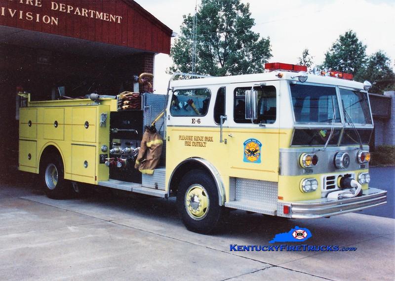 RETIRED <br /> Pleasure Ridge Park Engine 6 <br /> x-Engine 2213 <br /> 1978 Ward LaFrance Ambassador 1750/500/Quad<br /> Greg Stapleton photo
