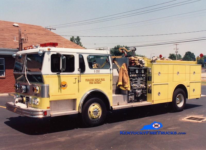 RETIRED<br /> Pleasure Ridge Park Engine 2262<br /> x-Engine 6<br /> 1978 Ward LaFrance Ambassador 1750/500/Quad<br /> Greg Stapleton photo