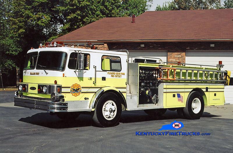 RETIRED <br /> Pleasure Ridge Park Parade Unit <br /> 1972 GMC/Pierce 1250/500<br /> Kent Parrish photo