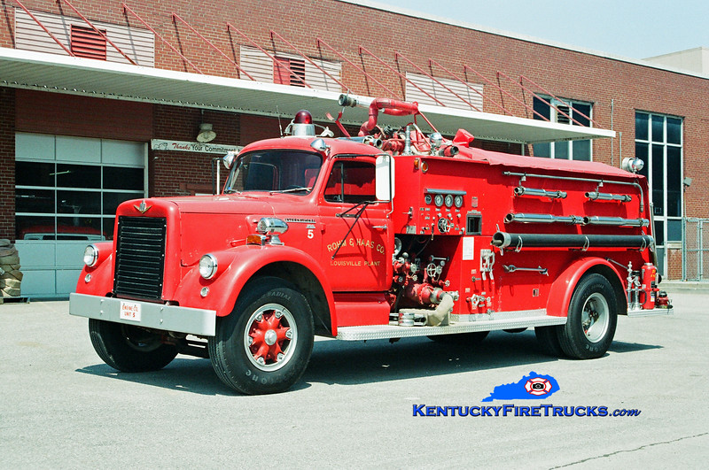 <center> Rohm & Haas  Engine 5  <br> 1964 International VCO/National Foam 750/1000F <br> Kent Parrish photo </center>