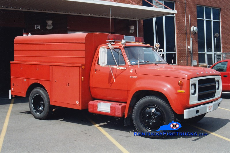 <center> Rohm & Haas  Hazmat 4  <br> 1974 Dodge 500/Reading  <br> Greg Stapleton photo </center>