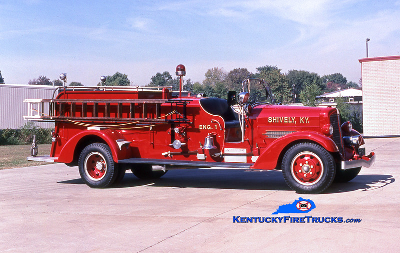 ANTIQUE <br /> Shively Engine 1<br /> 1937 Ahrens-Fox 750/150<br /> Kent Parrish collection