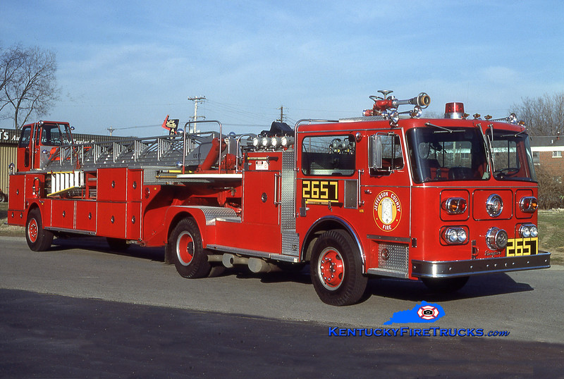 RETIRED<br /> St. Matthews Truck 2657<br /> x-Truck 8857 <br /> 1980 Seagrave HT 100'<br /> Kent Parrish collection