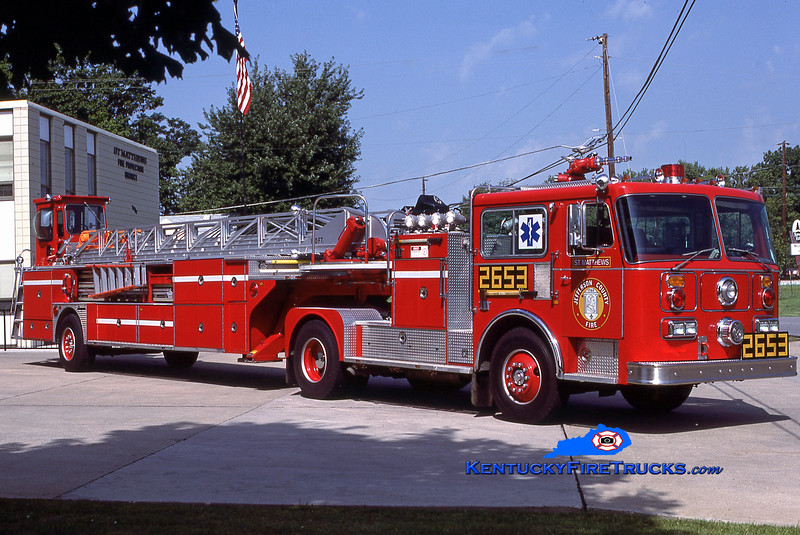 RETIRED<br /> St. Matthews Truck 2653<br /> 1986 Seagrave HT 100'<br /> Kent Parrish collection