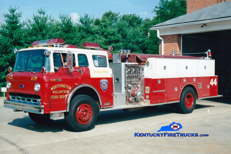 <center> RETIRED <br> Worthington Quad 1844  <br> 1985 Ford C-8000/1985 Summit/1969 American 1000/400  <br> Greg Stapleton photo </center>