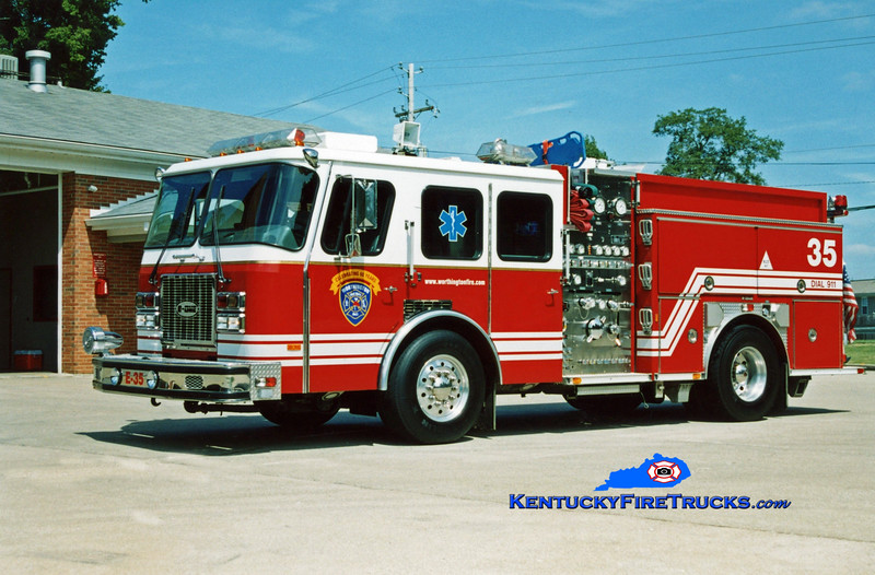 <center> RETIRED <br> Worthington Engine 1835 <br> 1995 E-One Cyclone TC 1250/720/30 <br> Kent Parrish photo </center>