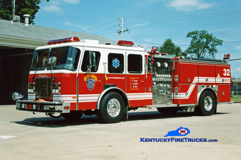 <center> NOW WITH ANCHORAGE MIDDLETOWN <br> Worthington Engine 1832 <br> 1993 E-One Cyclone TC 1250/500 <br> Kent Parrish photo </center>