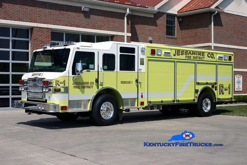 <center> Jessamine County  Rescue 1 <br> 2009 Pierce Velocity <br> Kent Parrish photo </center>