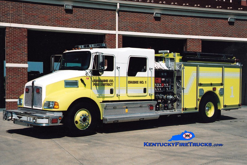 <center> Jessamine County  Engine 1 <br> 2007 Kenworth T-300/Pierce 1250/1000/30 <br> Greg Stapleton photo <br> </center>