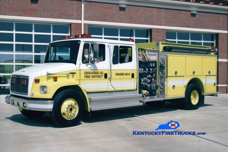 <center> Jessamine County  Engine 6 <br> 1996 Freightliner FL80/Pierce 1250/1250 <br> Greg Stapleton photo <br> </center>
