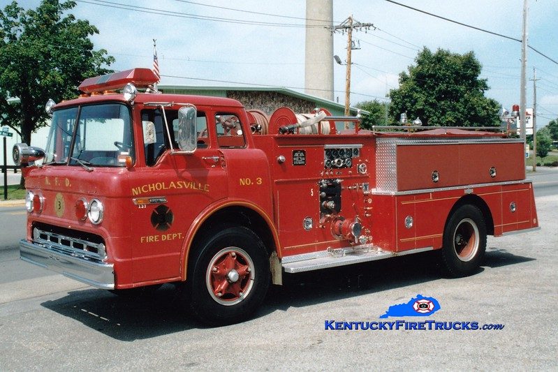 <center> RETIRED <br> Nicholasville  Engine 3 <br> 1972 Ford C/Pirsch 1000/500 <br> Greg Stapleton photo <br> </center>