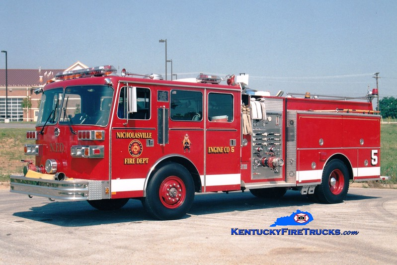 <center> RETIRED <br> Nicholasville  Engine 5 <br> 1989 Sutphen Deluge 1250/500 <br> Greg Stapleton photo <br> </center>
