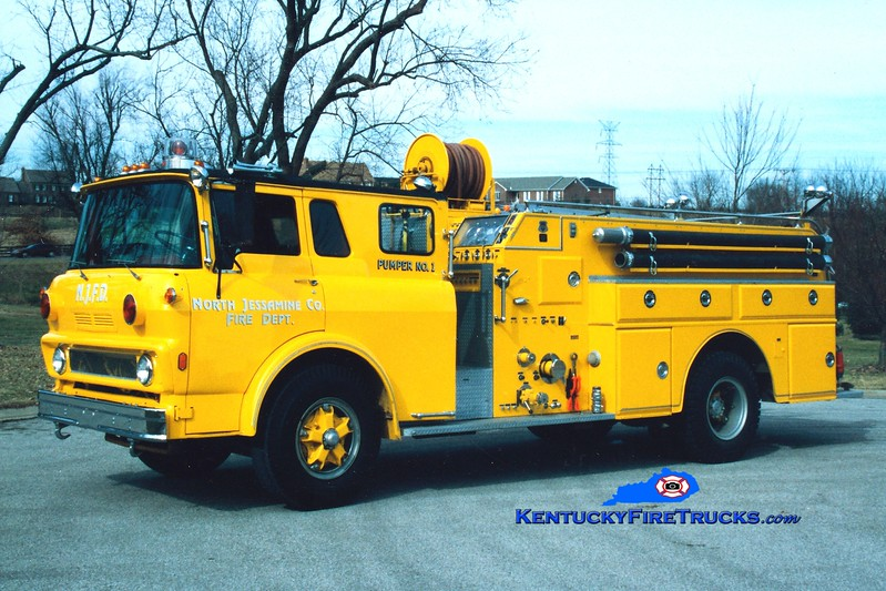 <center> RETIRED <br> North Jessamine County Pumper 1 <br> x-Lapel, IN <br> 1975 GMC/Howe 750/750  <br> Greg Stapleton photo <br> </center>