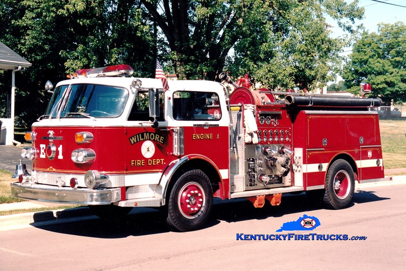 <center> RETIRED <br> Wilmore  Engine 1 <br> x-Deer Park, NY; Stanford, KY <br> 1975 American LaFrance Century 1500/500 <br> Greg Stapleton photo </center>