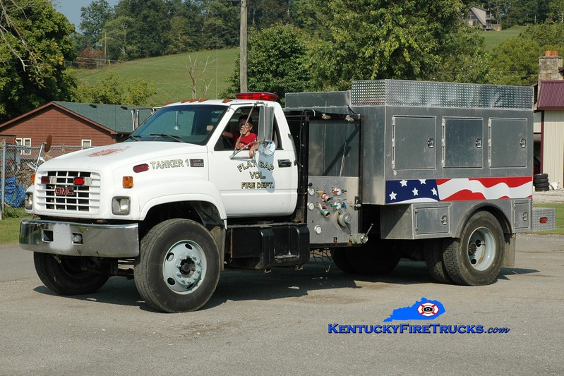 <center> Flat Gap  Tanker 1  <br> 1999 GMC C6500/Local 500/1500 <br> Greg Stapleton photo </center>