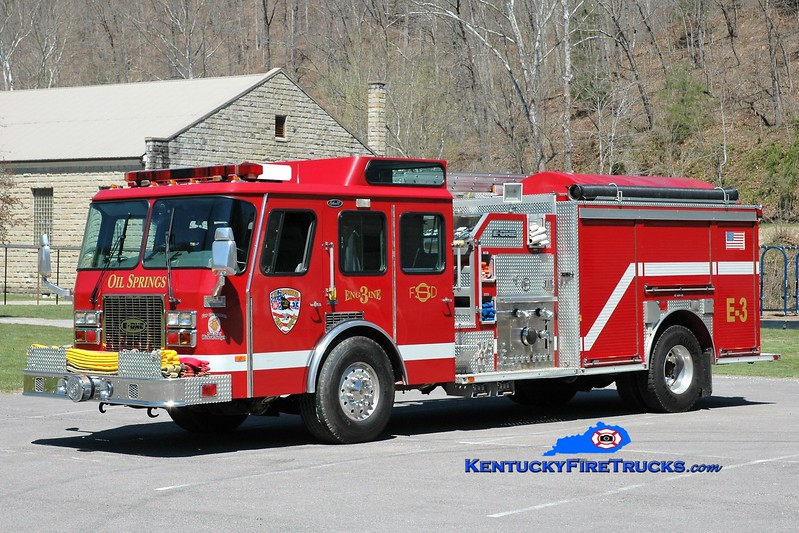 Oil Springs  Engine 3<br /> x-Chagrin Falls, OH<br /> 1995 E-One Cyclone TC 1250/1000<br /> Greg Stapleton photo