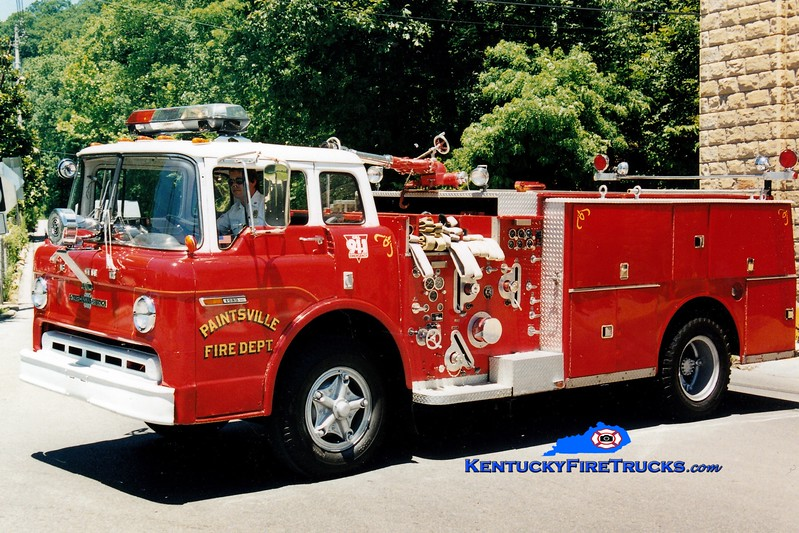 <center> RETIRED <br> Paintsville  Engine 1  <br> 1972 Ford C/American LaFrance 1000/500 <br> Greg Stapleton photo </center>