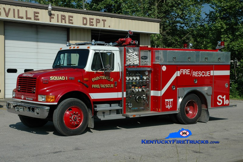 <center> Paintsville  Squad 1  <br> 1994 International 4900 4x4/Allegheny 1000/750 <br> Greg Stapleton photo </center>