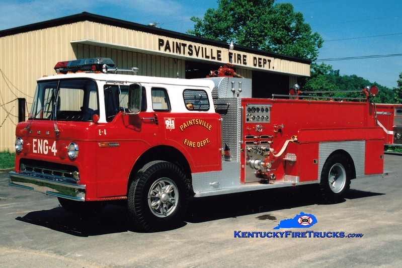 <center> RETIRED <br> Paintsville  Engine 4  <br> x-Toledo, OH <br> 1975 Ford C/Sutphen 1000/500 <br> Greg Stapleton photo </center>