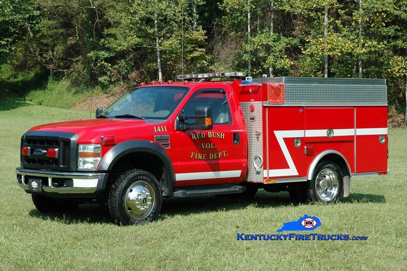 <center> Red Bush  Engine 1411  <br> x-Holden, MA <br> 2007 Ford F-550 4x4/2014 Wynn 350/250 <br> Greg Stapleton photo </center>