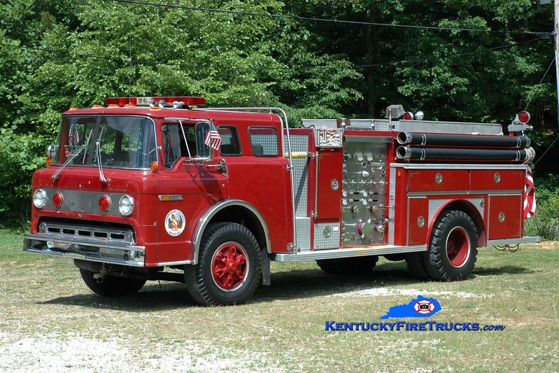 <center> Staffordsville/Johnson County  Engine 3  <br> x-Oil Springs, KY <br> 1976 Ford C-900/E-One 1000/1000 <br> Greg Stapleton photo </center>